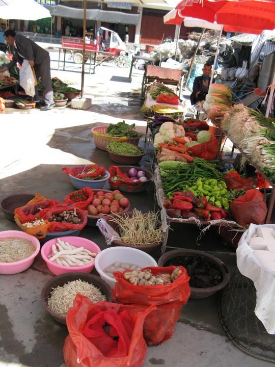 Market na wiosce niedaleko Erhai Lake