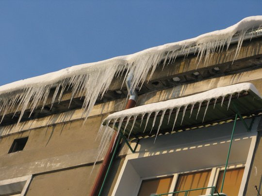 Dachy i balkony...